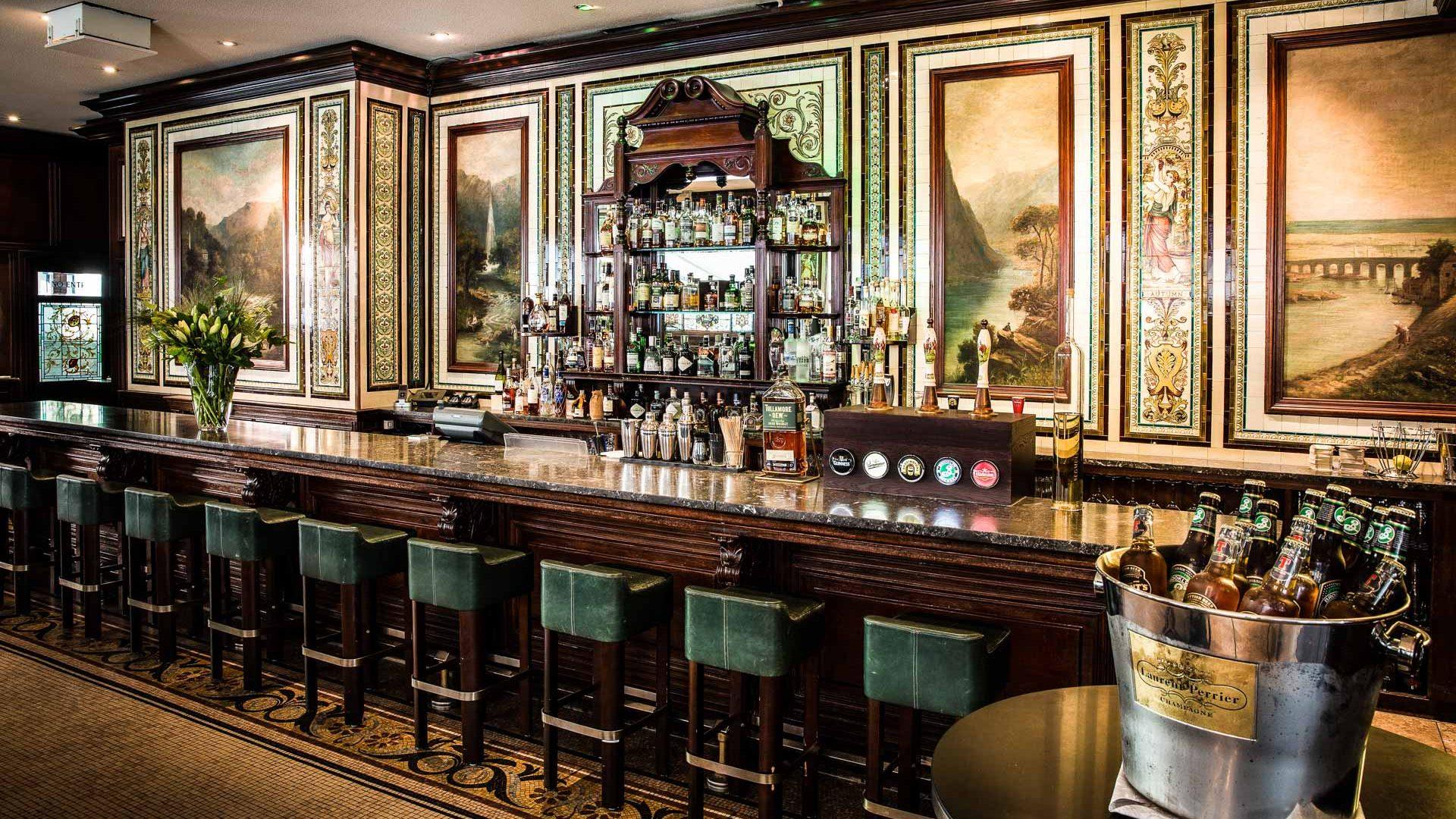 Die James Joyce Bar - ein moderner Treffpunkt